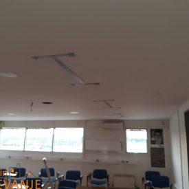 montaža IR panelov na strop